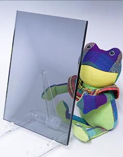 熱線吸収板ガラス(グレー)