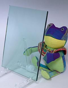 熱線吸収板ガラス(グリーン)